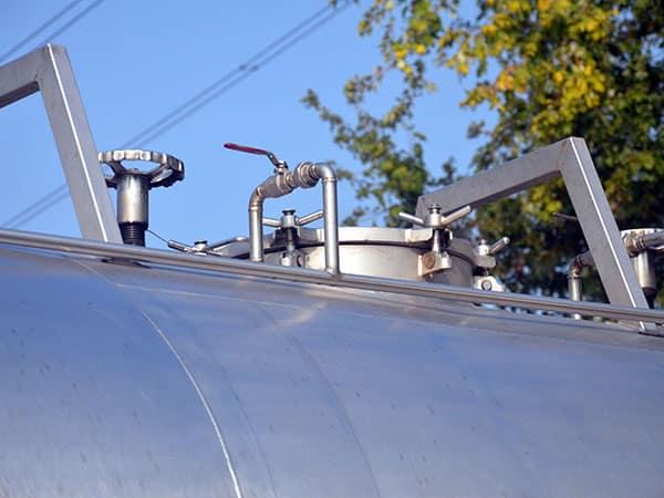 Trasporto-cisterne-liquidi-lombardia